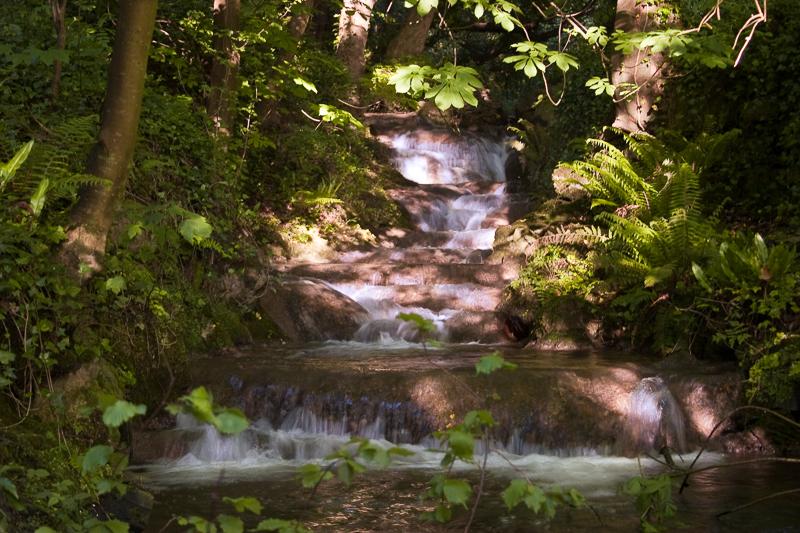 M26130_-_Boyne_Waterfall_at_Stachallan_-_ACR_SO